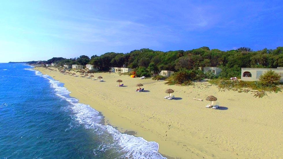 camping naturiste bord de mer Méditerranée