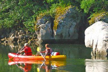 camping en bord de rivière Ardeche
